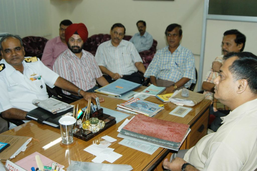 Army officials discuss for land