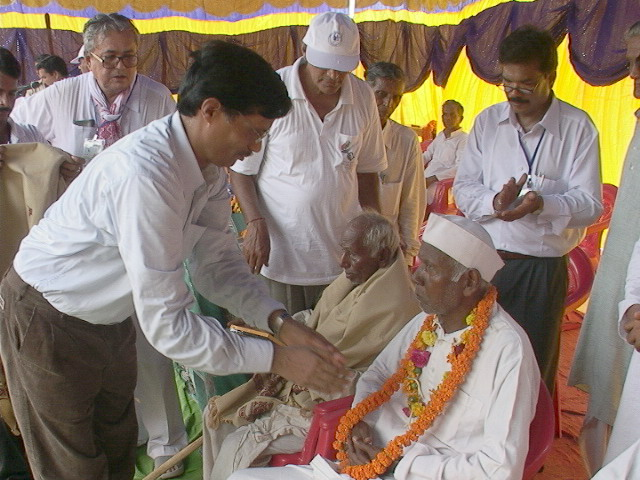 Collector  honors freedom fighter