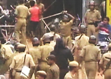 Irate villagers block road, police resort to lathicharge
