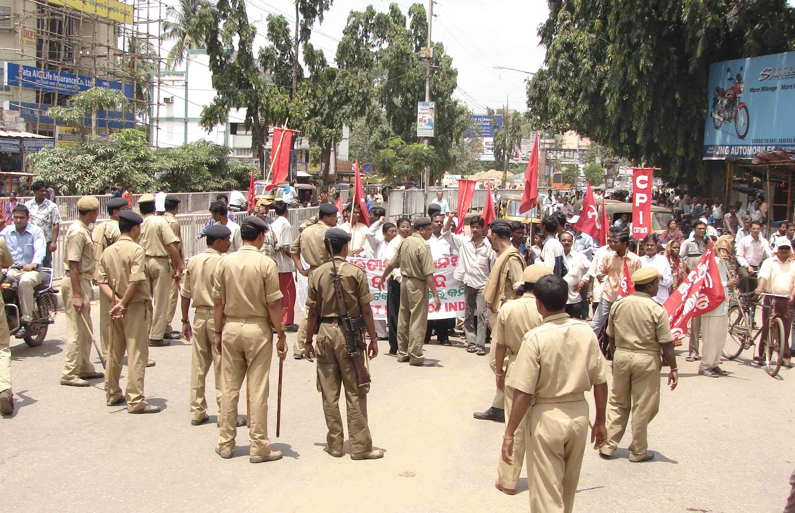 Bandh hits life in Cuttack