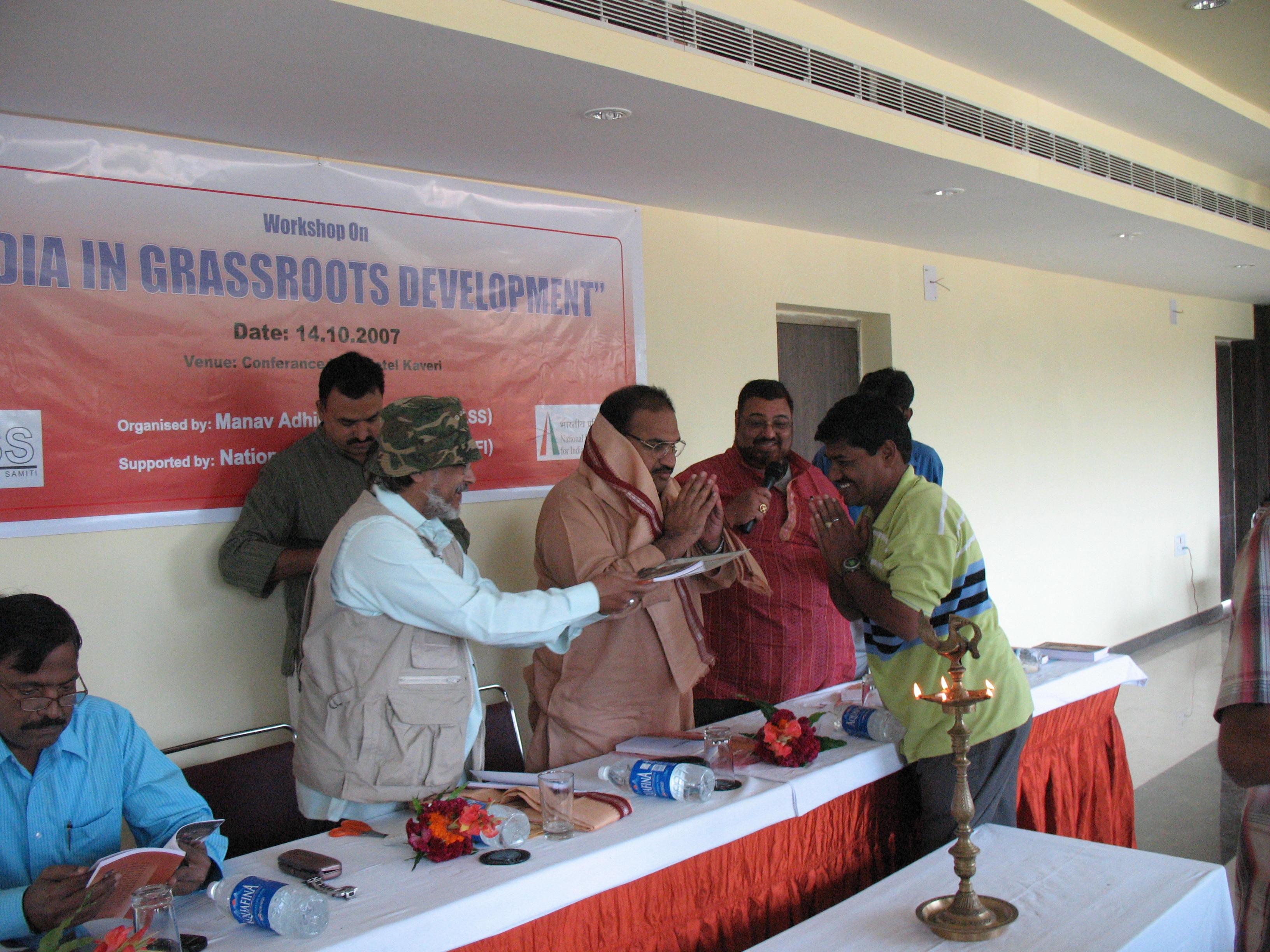 Odisha.com scribe honoured for stories
