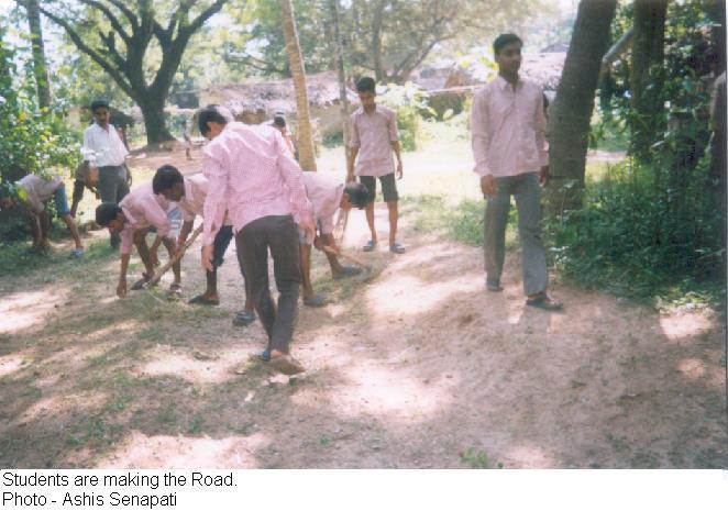 Students build 500 meters road in ten days