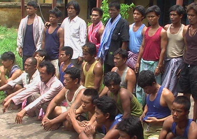 Paradeep police send 28 Thai fishermen to their country